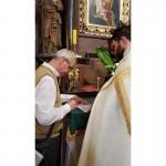 Akt zawierzenia Jezusowi przez ręce Maryi