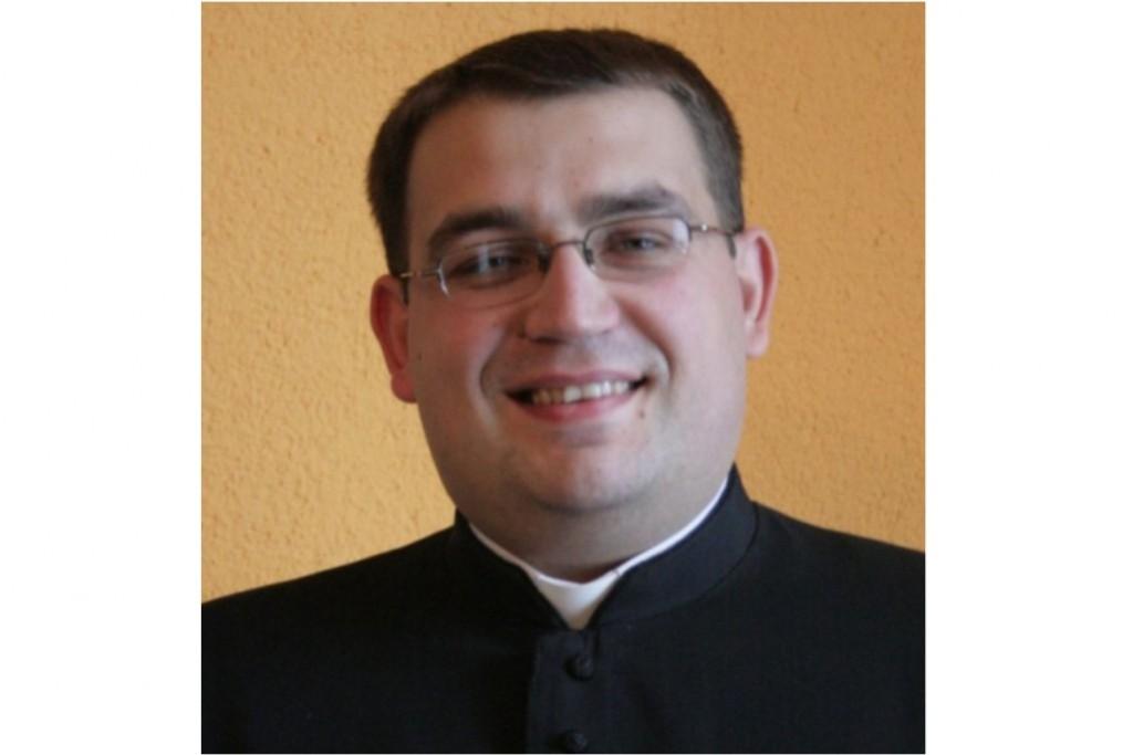 Ks. Piotr Kutynia